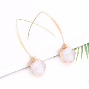 Druzy drop earrings in white NEW